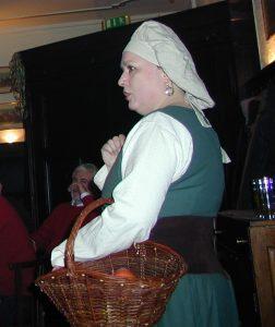 Yvonne Plum als Magd Griet